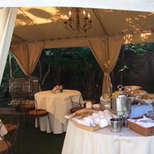 ガーデンのテント