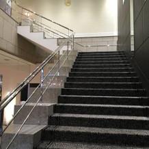 ブーケトスや記念撮影に最適な階段。