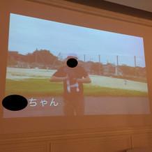 披露宴会場でも大スクリーンで動画が流せる