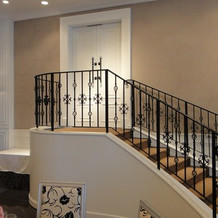 ニース邸内にある階段