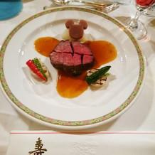 メインの牛フィレ肉。