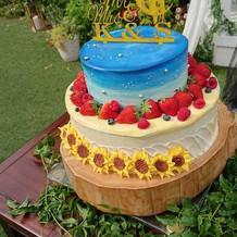 素敵なウェディングケーキ