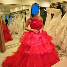 真っ赤なドレス☆