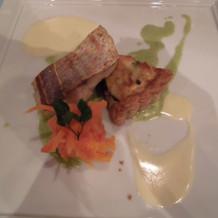 お魚料理 白身魚のポワレ