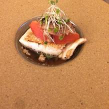 お魚料理です。コンソメベース
