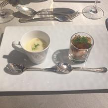 前菜。スープが絶品
