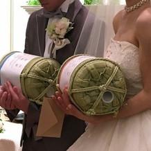 花束ではなく、出生米贈呈