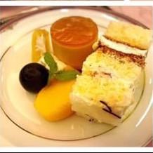 デザート ウェディングケーキ