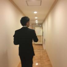 移動する際の廊下