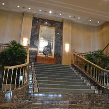 エントランスの大階段