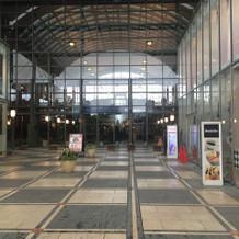 台場駅からのホテル入り口