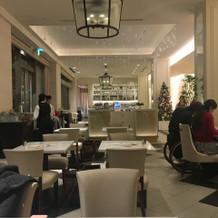 併設されているアニヴェルセルカフェ
