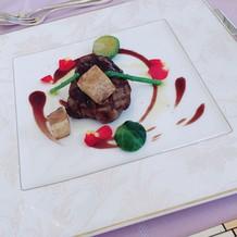 フィレ肉はとても柔らかく美味しかった