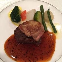 お肉料理。柔らかくて美味しかった。