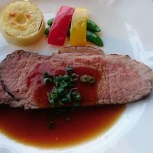 メインの最高品質の肉料理です。