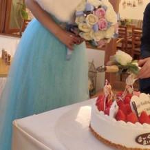 ケーキ飾り付け完了、ケーキカット前