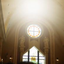 ステンドグラスが綺麗な大聖堂