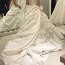 ウェデングドレス