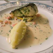 ソースの美味しい魚料理