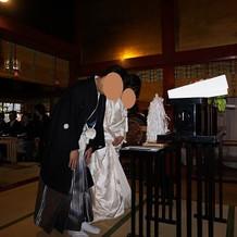 玉串奉奠という儀式です。