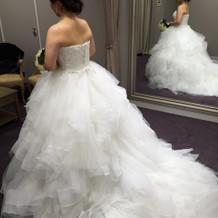 1番ボリュームのあるドレス