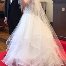 動きのあるドレス