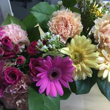 フラワーボーイの花束
