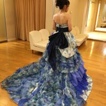 新婦カラードレス
