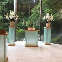 挙式場ルミエールの祭壇