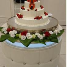 フルオーダーのウエディングケーキ