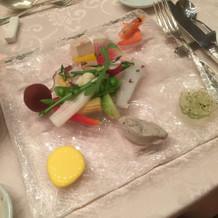 前菜もおしゃれでおいしかったです。
