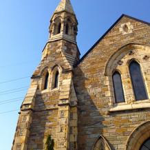 外観もクラシカルな教会。