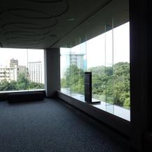 館内はどこも窓が大きくて明るいです