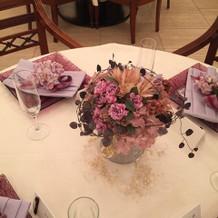 造花のテーブルコーディネイト