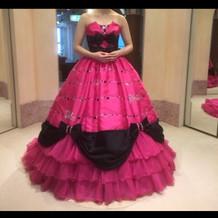 バービーちゃんのドレスもありました!