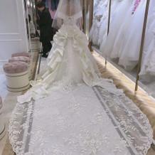 式場とドレスサロンのコラボドレス