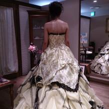 前撮りで着たカラードレス