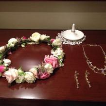 花冠(生花)とネックレスとイヤリング