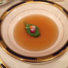 スープのコンソメが美味