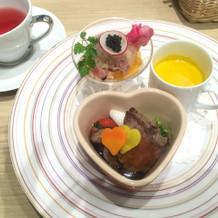 前菜、スープ、メイン