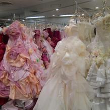 衣装部屋。品揃え豊富です