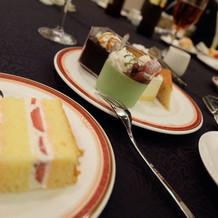ケーキビュッフェで甘いものいっぱいっ♪