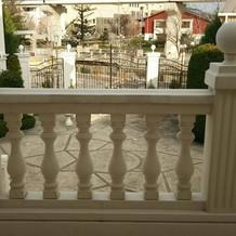 大階段から見下ろすサンドリヨン広場
