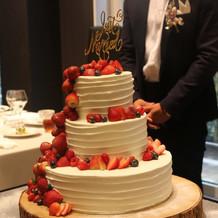 三段ケーキは豪華でオシャレ!!
