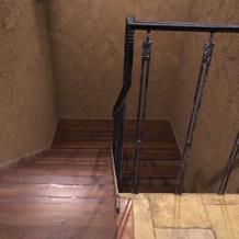 ゲストはこちらの階段でチャペルへ