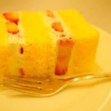 ケーキ入刀のケーキは生ケーキのみです