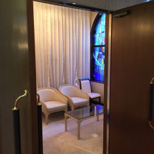 チャペルの新婦控室