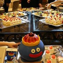 デザートブュッフェとオリジナルケーキ