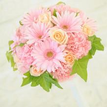 ピンクのお花のブーケ