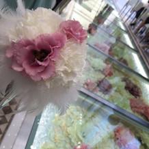 ゲストの席に飾ってあるお花も可愛いです。